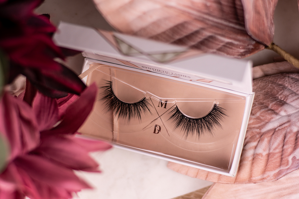 chaarmant Premium Synthetic Lashes Azur Flatlay