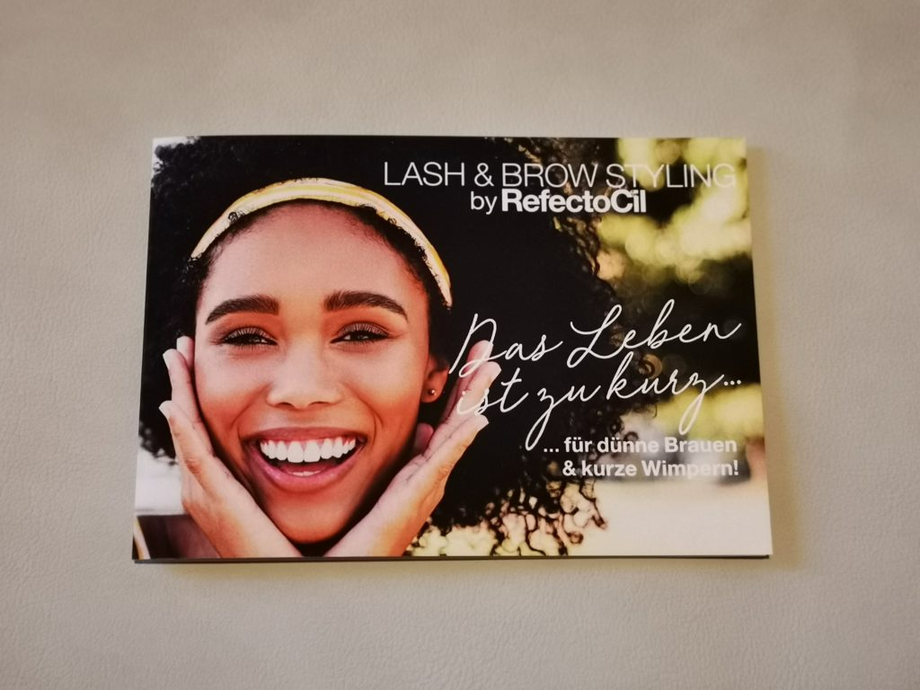 Lash & Brow Booster Folder